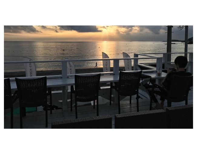 秋谷ビーチクラブから見た夕景