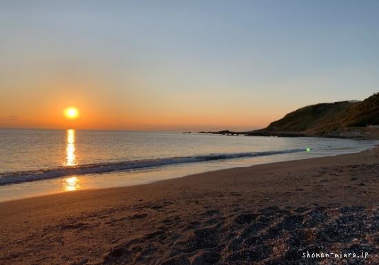 和田長浜海水浴場の夕日