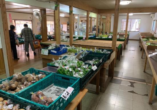 野菜の里スガルヤ 店内