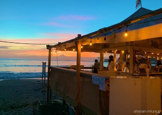 一色海岸海の家&夕やけ