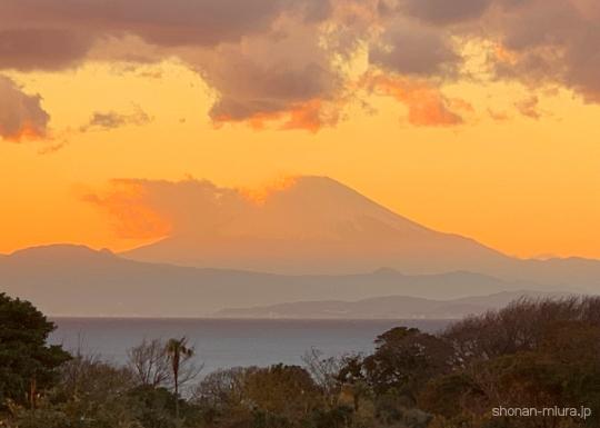 湘南国際村からの夕日