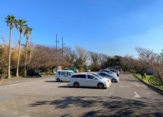 披露山公園駐車場