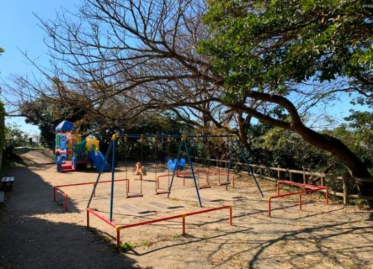 披露山公園の遊具