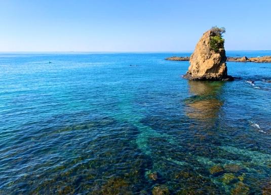 秋谷立石の海