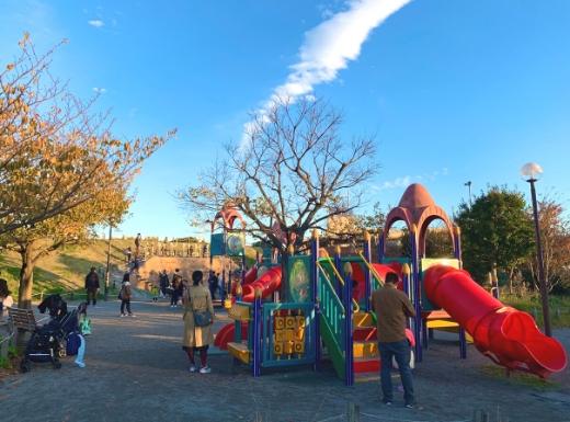 横須賀うみかぜ公園遊具