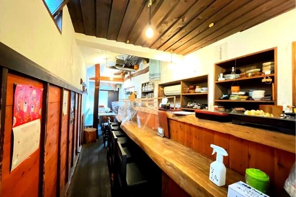 久里浜居酒屋 百年の杜の店内の様子