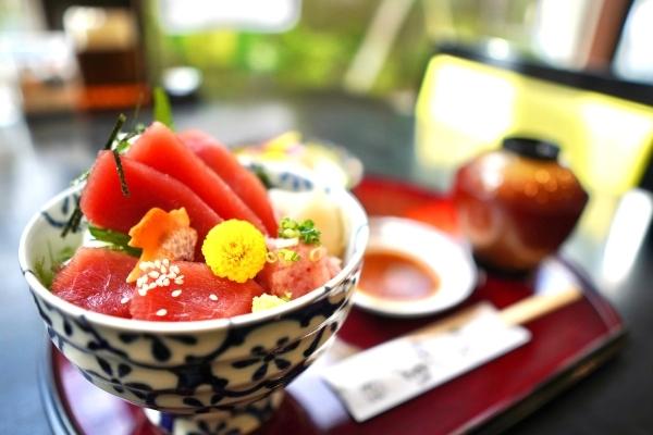 三崎マグロ丼