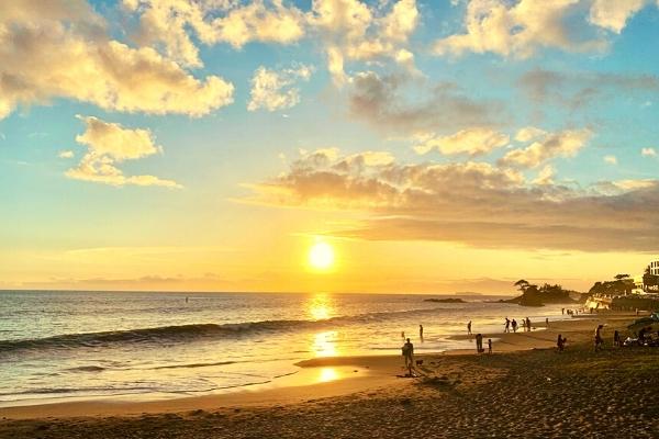 秋谷立石海岸の夕日